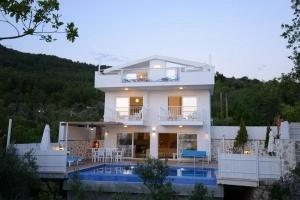 Villa Erer 1- 2 Oda - 4 Kişilik -Üzümlü