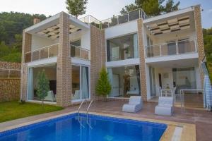 Villa Nazlı - 3 Oda - 6 Kişi - İslamlar